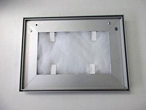 Aluminiumrahmen mit Akustikvlies